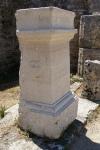 Paestum Monolito